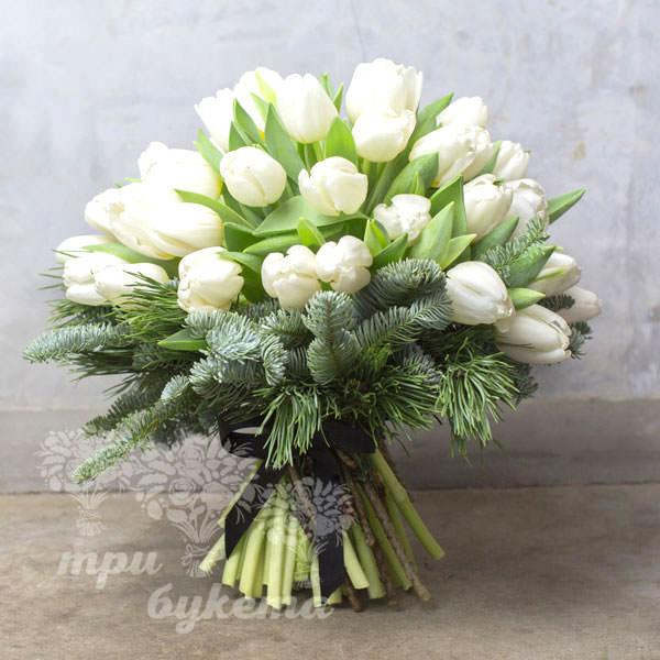 Зимний букет из тюльпанов