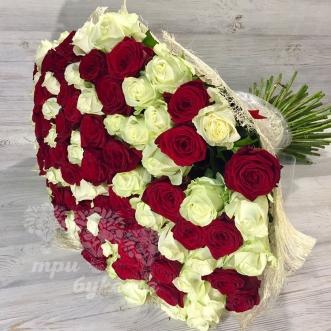 buket-iz-101-krasno-beloj-rozy